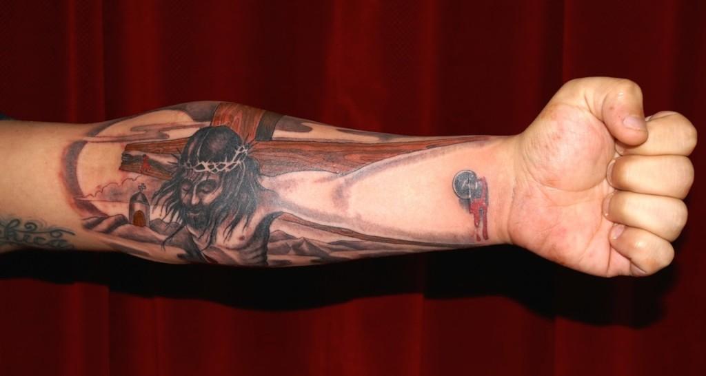 Ziguri#tattoo#berlin#schöneberg#jesus#optischetäuschung#3Dtattoo#