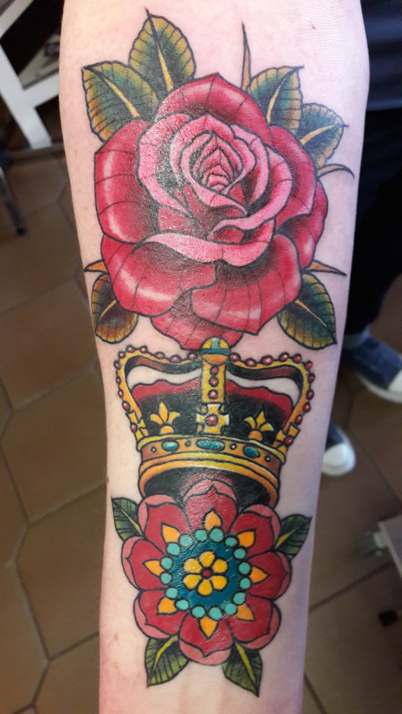 #ziguritattoo#berlin#rose#krone#